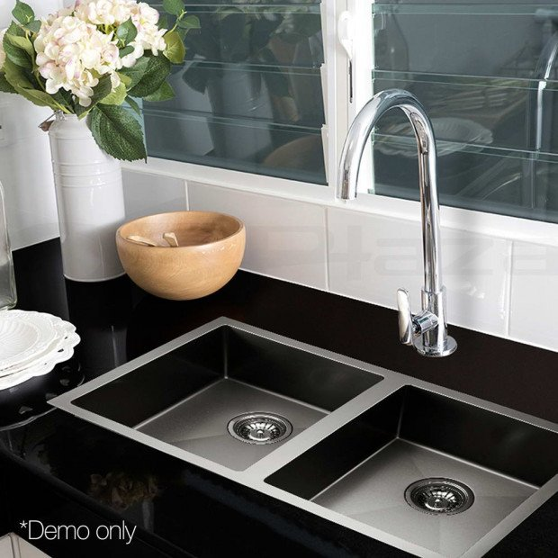 770 x 450mm Stainless Steel Sink - Black Image 9